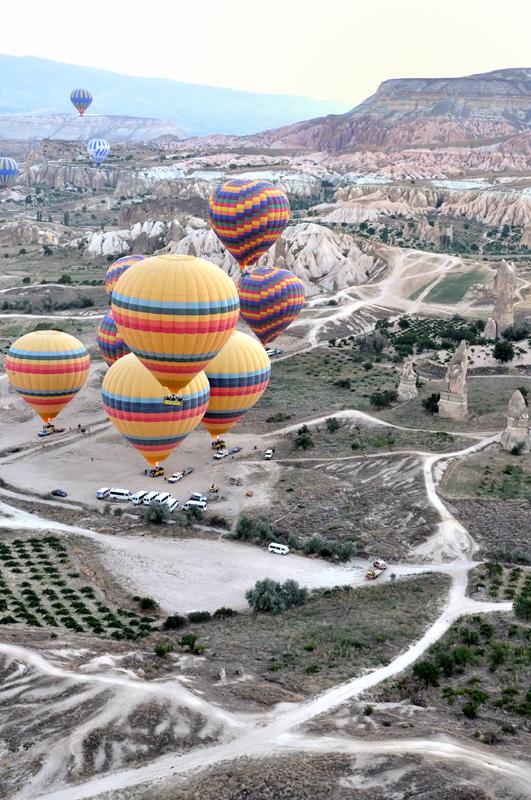 Cappadocia_in_mongolfiera04