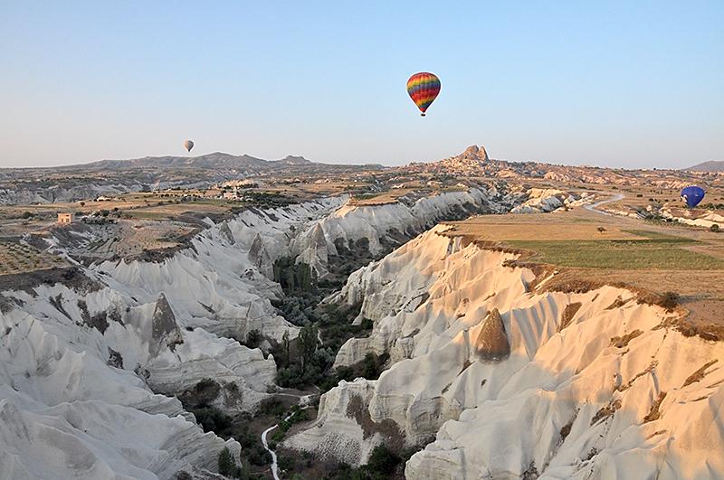 Cappadocia_in_mongolfiera10