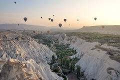 Cappadocia_in_mongolfiera11